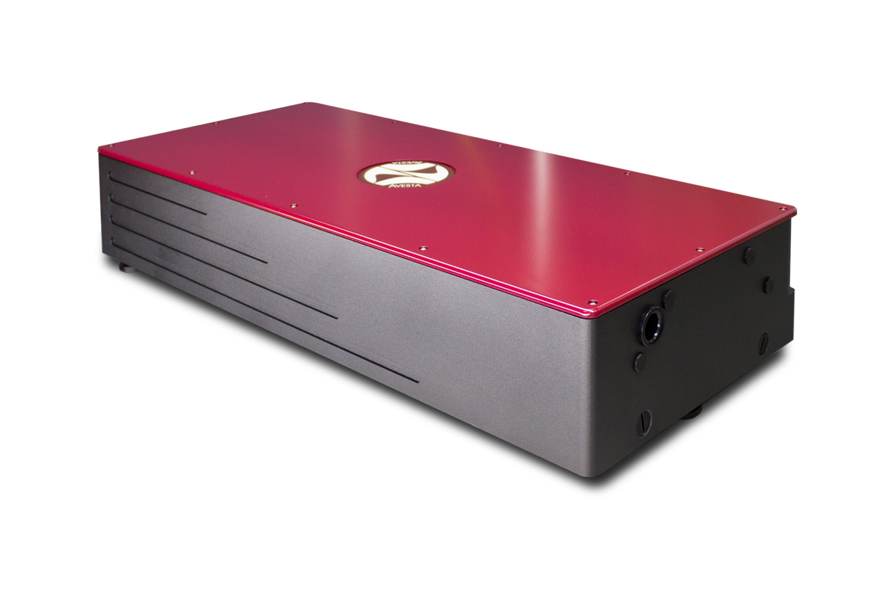 The CrF-800TP femtosecond chromium-forsterite laser