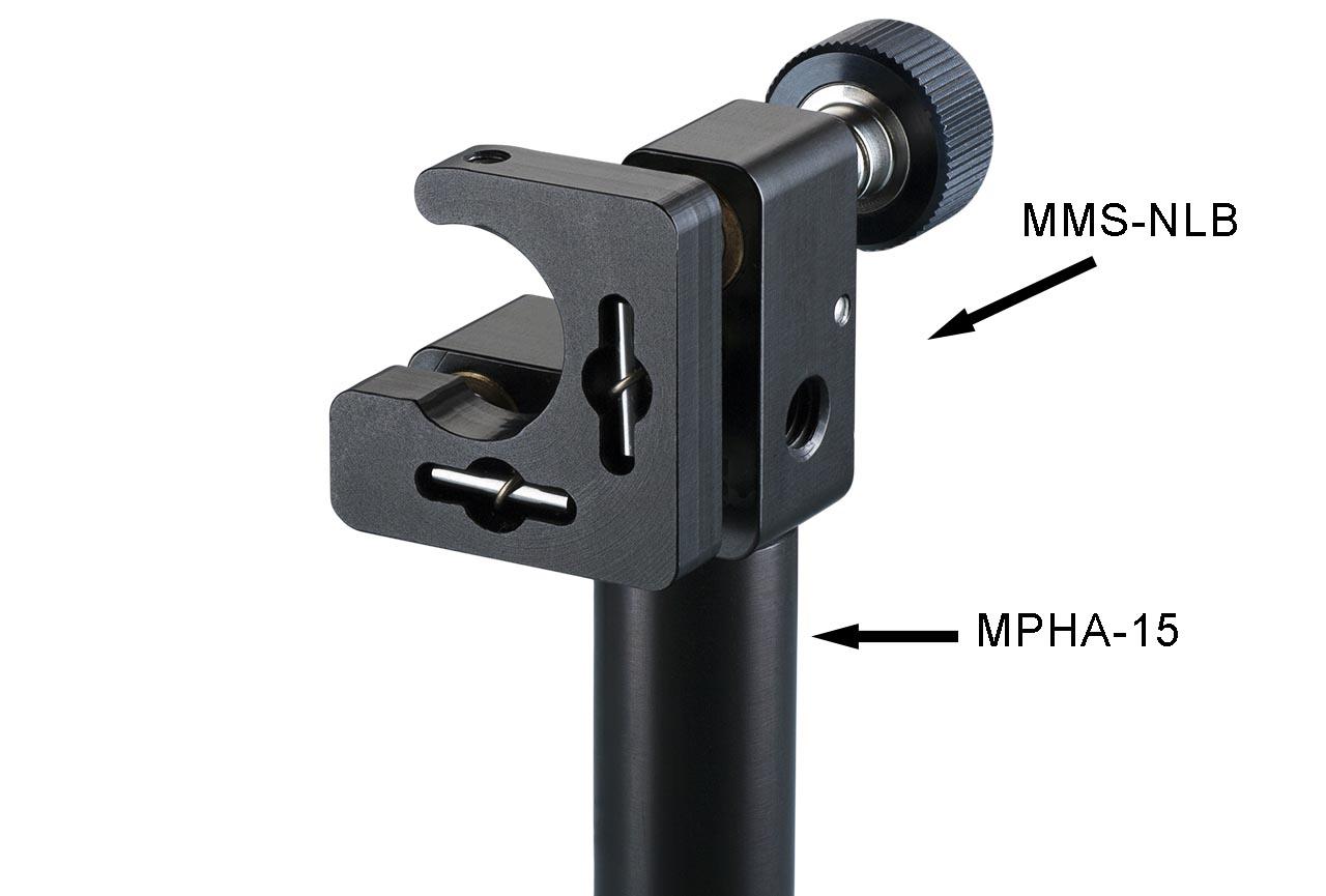MMS-NLB. Малый юстируемый держатель для оптики с прорезью, с винтами с круглыми ручками, левый. На дюралевом установочном стержне Ф15 мм