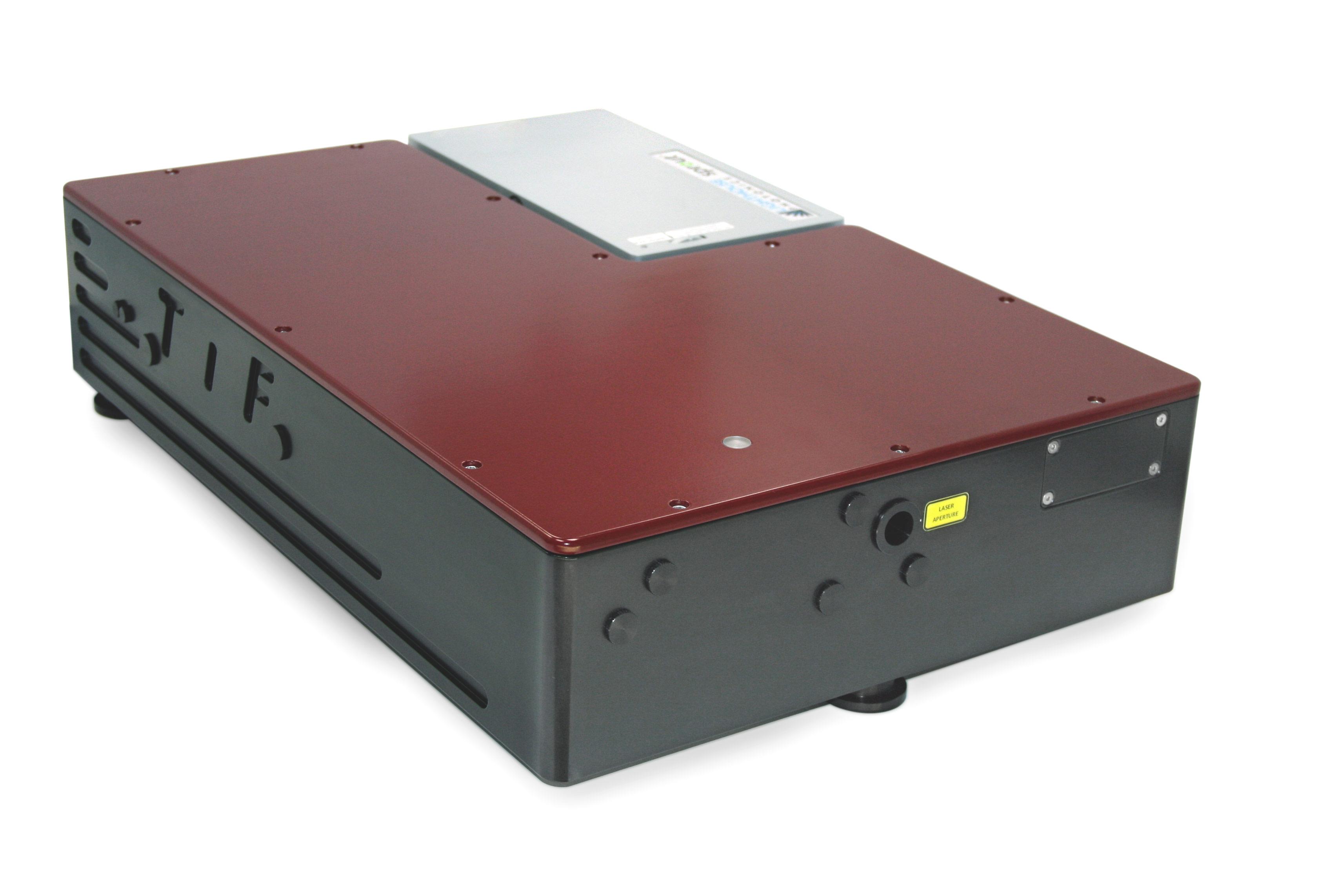 Лазер модели TiF-100 с интегрированным лазером накачки
