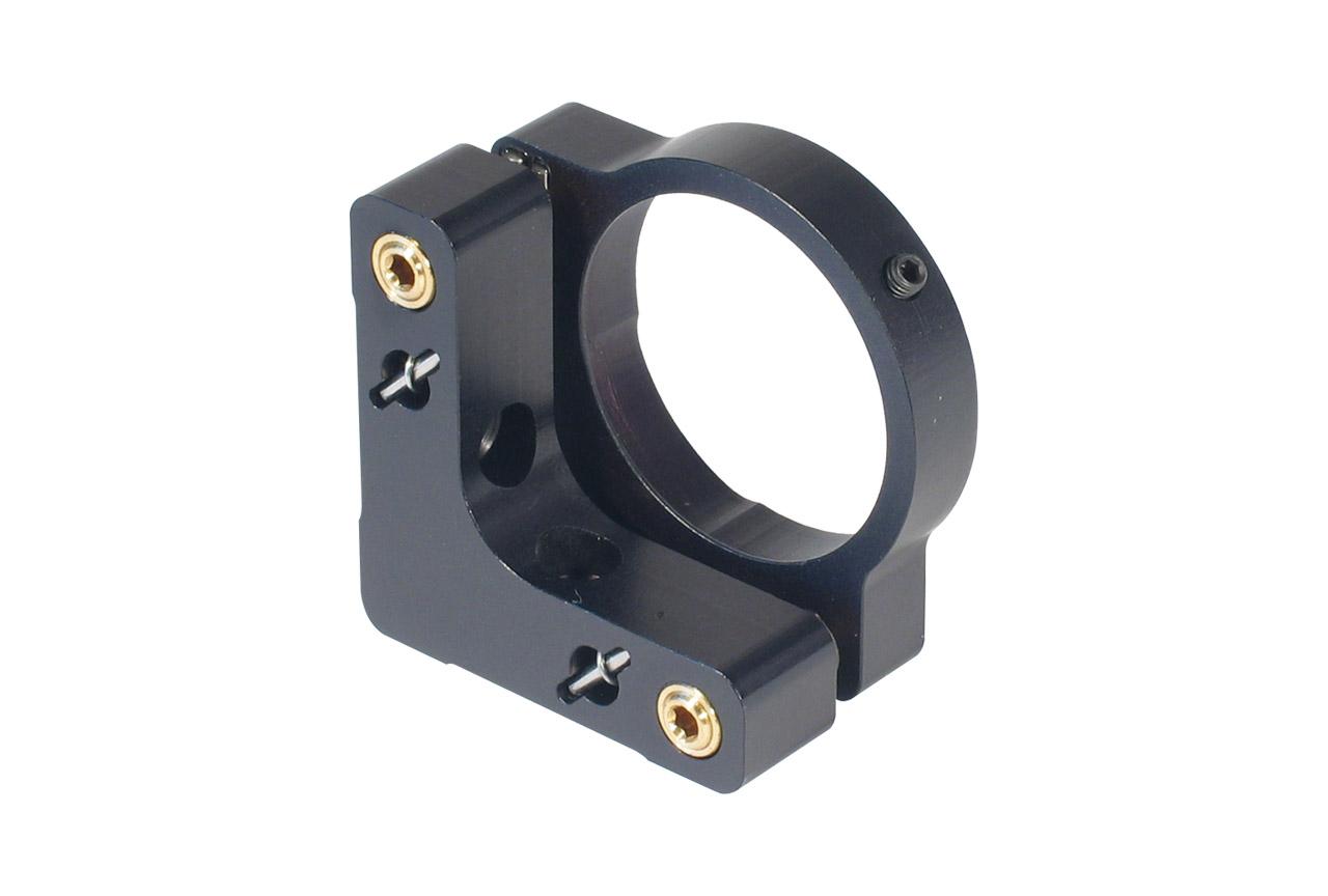 MMM-A40-k. Средний юстируемый держатель с буртиком и торцевым прижимом оптики, с потайными винтами