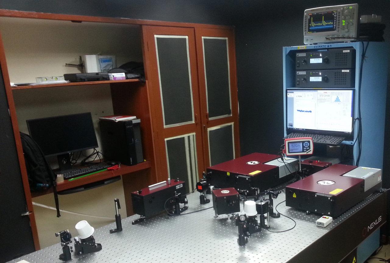 TiF-100ST-LW-F10 femtosecond Ti:S laser, TiF-15SP-30 ultrashort pulsed laser, AA-20DD autocorrelator unit, ASG-O-800 second harmonic generator for femtosecond oscillators, ASP-150T tunable spectrometer