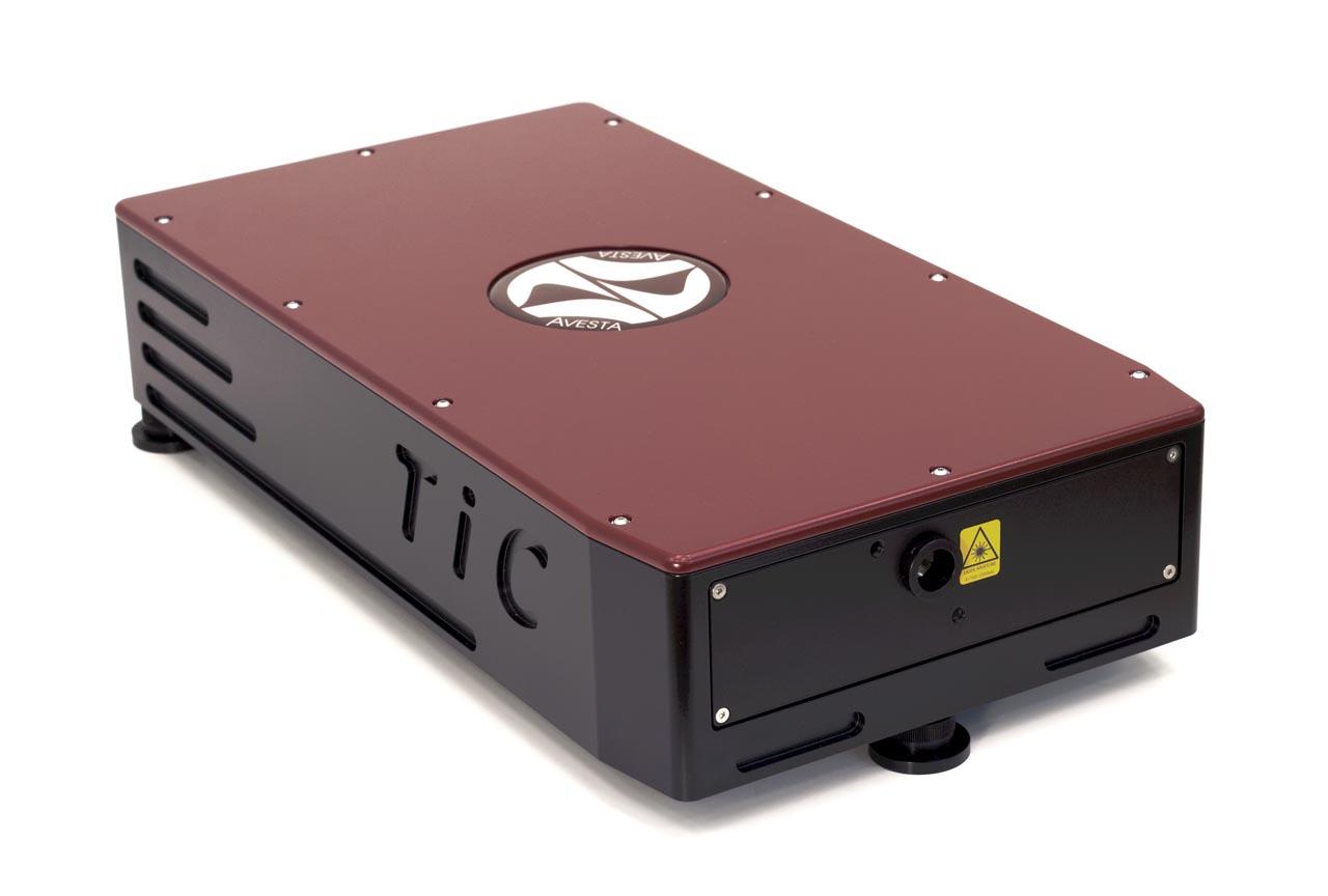 Титан-сапфировый непрерывный лазер TiC с интегрированным лазером накачки